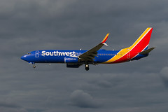 17-3492 (George Hamlin) Tags: maryland baltimore washington international airport bwi boeing 737800 airliner jet airplane aircraft southwest airlines n85321s dark sky intense colors clouds drop under lighting light shadow photo decor george hamlin photography