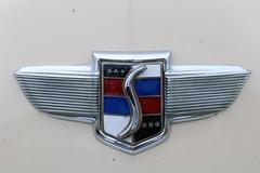 1947 Studebaker Champion (crusaderstgeorge) Tags: crusaderstgeorge cars classiccars americancars americanclassiccars americancarsinsweden västeråssummermeet 2017 veterancar västerås cream sweden sverige 1947studebakerchampion vsm2017
