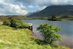 Snowdonia in Summer (Tony Armstrong-Sly) Tags: snowdonianationalpark snowdonia wales midwales hilss mountains lake water summer boathouse landscape nature
