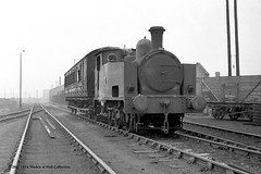 c.1965 - passing Mode Wheel workshops, Salford. (53A Models) Tags: manchestershipcanal hudswellclarke 060t hc14641921 industrial steam docklabourboard 3 passengercoach irwellparkwharf salford train railway locomotive railroad
