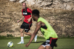 pass (Oliver Dom Photography) Tags: action actionphotography sport sportsphotography sports topsport foot football pass monaco asmonaco training france frenchriviera lafrance southoffrance cotedazur photography photo ilovephotography nikon nikond750 sigma sigma150600sport