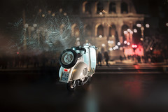 Duets II (Antonio Iacobelli (Jacobson-2012)) Tags: vespa piaggio scooter roma romanholidays bari nikon d800 nikkor 2485mm