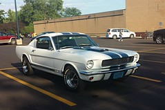 1966 Ford Mustang (Cragin Spring) Tags: midwest unitedstates usa unitedstatesofamerica wisconsin wi twinlakes twinlakeswi twinlakeswisconsin car ford mustang fordmustang 1966 white