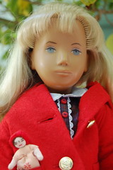 Johanna's Doll (Emily1957) Tags: johanna sashadolls sashadoll earlyenglishsashadoll vintage vintagesashadoll red vinyl ragdoll light naturallight nikon nikond40 kitlens fridotrendon buttons portrait