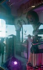 Laffing Sal (bad.moon) Tags: olympus35spn kodakportra400 35mmfilm professionallydeveloped santacruzca laffingsal reflection amusementpark statue funhouse boardwalk
