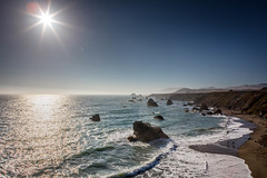 20170708 Pacific Coast Hwy-0116.jpg (Mark Harshbarger Photography) Tags: pacificcoast california pacificcoasthighway roadtrip sunny beach pacificocean subject waves ocean rocks bw