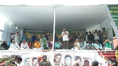 KISAN MUKTI YATRA REACHES DELHI, FARMERS QUESTION THE SILENCE OF THE MODI OVER MANDSAUR... (TwoCircles.net) Tags: email