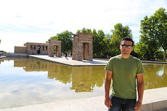 2017 SPM0141 Sam Duarte by the Temple of Debod in Madrid, Spain (teckman) Tags: 2017 europe madrid spain comunidaddemadrid es