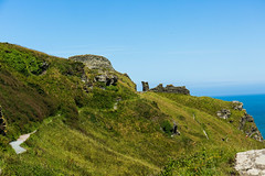 Castle ruins on the cliffs of Tintagle (Geordie_Snapper) Tags: canon5d3 canon70200mmf4islusm canon2470mm cornwall delabole june landscape summer tintagel tintagelcastle