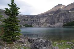 Rockbound Lake (Andrew Pizzinato) Tags: rockboundlake mountain lake water hiking castlemountain banff banffnationalpark