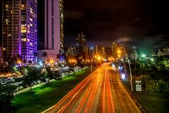 Avenida Balboa Panama (Bernai Velarde-Light Seeker) Tags: panama citybalboaavenue avenidabalboa longexposure exposicionlarga noche night traillights centroamerica centralamerica