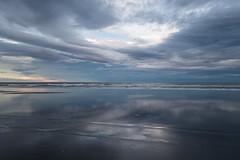 Late evening at the beach (2) (Teelicht) Tags: abenddämmerung dämmerung küste neuseeland newzealand ozean pacificocean pazifik southisland strand südinsel beach coast dusk twilight himmel sky