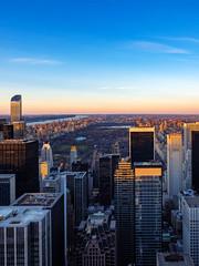 New York, Top of the Rock (m.gallenkamp) Tags: ny nyc newyork topoftherock beautifulsky sklyline sunset sonnenuntergang centralpark urbanphotography city cityscapes stadtlandschaften stadt usa