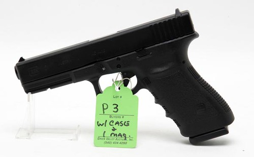 Glock 21 - SF - .45 Opl. Semi-Automatic Pistol, never fired ($532.00)