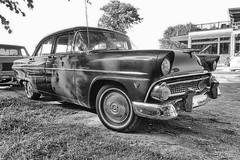 170705-134 Ford (clamato39) Tags: auto car oldcars vieille old provincedequébec québec canada noiretblanc bw blackandwhite monochrome ancient ancestrale antiquité ancien