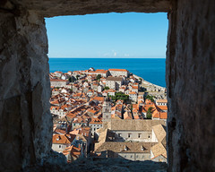 Window into the past (V Photography and Art) Tags: dubrovnik window rooftops view viewpoint croatia summer houses architecture buildings