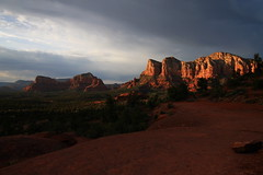 Sedona sunset (Sanda_Ić) Tags: sedona arizona usa west wild rock red redrocks landscape paysage sunset soleil sun rouge montagne weather meteo light silhouette lumiere