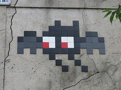 Space Invader PA_1286 (tofz4u) Tags: paris streetart artderue invader spaceinvader spaceinvaders mosaïque mosaic tile 93100 montreuil seinesaintdenis 93 bat chauvesouris pa1286