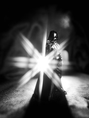 20692 - Dark side (Diego Rosato) Tags: dark side darth vader force fenere lato oscuro forza statua statue filtro filter 8star lumia bianconero blackwhite light luce backlight controluce nikon d700 rawtherapee