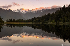 reflected mount cook (mainone) Tags: spring nz sunset water newzealand lakematheson lake mountcook sun aoraki cook neuseeland symetric reflection sonnenuntergang mountain
