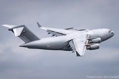 LBG | United Arab Emirates Air Force Boeing C-17A Globemaster III (Timothée Savouré) Tags: 1227 uae united arab emirates air force boeing c17a c17 globemaster iii 07 paris le bourget