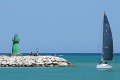 rientro (luporosso) Tags: marche mare civitanovamarche porto faro barca boat vela barcaavela sailboat lighthouse adriatico