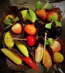a Thai dessert (SM Tham) Tags: asia southeastasia thailand bangkok thai dessert food fruits vegetables mungbean agaragar jelly lookchoop