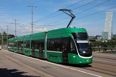 5015 (200er Serie) Tags: tram drämmli schienenfahrzeug bvb basler verkehrsbetriebe grün flexity bombardier