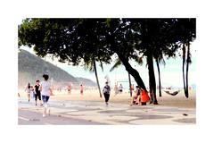 Copacabana (o.dirce) Tags: cidade copacabana avenida praia calçadão rua pessoas caminhadas árvores odirce