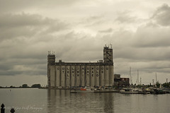 Collingwood Shipyards (D & E Grey Wolf Photography) Tags: shipyard collingwood myontario
