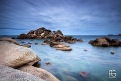 The Rocks (Fabien Georget (fg photographe)) Tags: trégastel pink rocks granit longexposure eau ocean mer lighthouse sea landscape paysage water sky ploumanach ayezloeil beautifulearth bigfave canoneos600d canon elitephotography elmundopormontera eos fabiengeorget fabien fgphotographe flickr flickrdepot flickrunited georget geotagged flickunited longue mordudephoto nature paysages perfectphotograph perfectpictures wondersofnature wonders supershot supershotaward theworldthroughmyeyes shot poselongue photography photo greatphotographer french monument perrosguirec bluehour bretagne britanny seascape sunset slowshutter