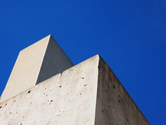 CORNERS FOR THE CORNER GODS (Rantz) Tags: australia australiancapitalterritory blue bluetiful canberra dikaiosyne rantz parkes au
