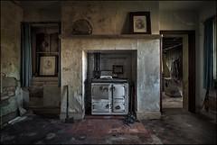 Abandoned house 8 (ducatidave60) Tags: fuji fujifilm fujixt1 fujinonxf23mmf14 abandoned decay dereliction urbandecay urbex