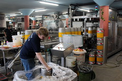 At the Texel brewery (Davydutchy) Tags: texel oudeschild eiland island insel île noordholland nederland netherlands niederlande paysbas texelse brouwerij brewery brauerei pivovar bier beer bière pivo cerveza beoir пиво biero bir øl μπύρα sör بيرة בִּירָה stainless steel fust keg vat barrel ton vaatje boy worker werkmens arbeider arbeiter ouvrier team texels june 2017