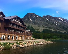 Many Glacier Lodge (ekelly80) Tags: montana glaciernationalpark nationalparkservice nps manyglacier june2017 roadtrip keisgoesusa optoutside findyourpark mountains rockymountains view scenery lake water swiftcurrentlake sunset sky night evening light lodge hotel bavarian manyglacierlodge rocks