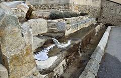 Dorres 4 (SLVA49) Tags: fuente abrevadero piedra natural agua nikon df 1635mm f4
