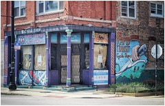 Wicker Park (BalineseCat) Tags: rapid transit cycle shop wicker park vacant building