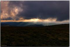 Une trouée vivifiante (jamesreed68) Tags: trouée nuages soleil coucher rayons nature hohneck montagne 68 hautrhin alsace france grandest