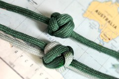5x4 turk's head knots with a 3-pass weave there (A L A N A) Tags: ring cylinder cylindrical lanyard knot bead button geometry knots 3pass paracord alana forest alanaforest stopper