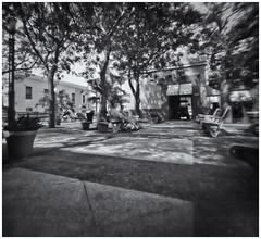 Fotografía Estenopeica (Pinhole Phtography) (Samy Collazo) Tags: aristaedu400 pinhole6214x214 pinhole03mm niksilverefexpro2 lightroom3 camaraestenopeica estenopo pinholecamera pinhole sanjuan oldsanjuan viejosanjuan puertorico fotografiacallejera streetphotography bn bw camaraoscura