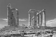 The Temple of Poseidon at Cape Sounion (Ed Fulton) Tags: ancientgreece attica ellas greece lensshift sounion templeofposeidon ruins αττική ἑλλάσ anatolikiattiki canontse24mmf35lii canoneos5dmkiii