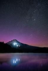 Trillium Lake Northern LIghts (danredwing) Tags: auroraborealis mthood night northernlights sonya7rii sonyzeissdistagon35mmf14 stars trilliumlake distagon3514za