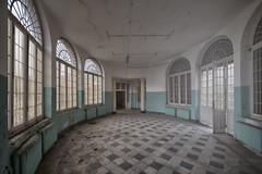 Umbertha_0556-4 (Umbertha-boiteaimage) Tags: abandoned architecture abandonedhospital urbex urbanexploration umbertha decay decayed