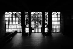 München (marc.fray) Tags: münchen muenchen munich neuepinakothek nouvellepinacothèque museum musée architektur architecture alexandervonbranca vonbranca postmoderne bayern bavière bavaria allemagne germany deutschland πινακοθήκη window shadow