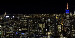 Top of the Rock III (gatetegris) Tags: topoftherock rockefellercenter newyork nuevayork nigth nocturna newyorknewyork lights buildings empirestate empirestatebuilding centralpark city
