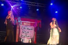 En la imagen se puede ver un momento de la actuación de la txaranga Jakintsuak titulada 'Remix POP Japones'