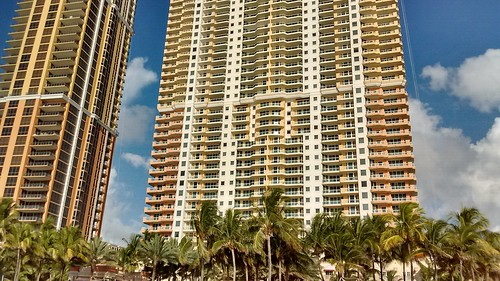 Acqualina Towers