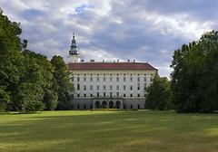 Chateau Kromeriz (tomas.jezek) Tags: kromeriz czechia unesco castle chateau garden green