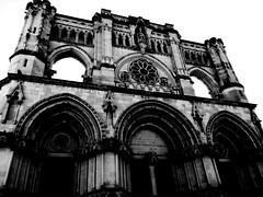 Cuenca (cenntauroalfa) Tags: architecture cuenca cathedral bnw blackwhite structure