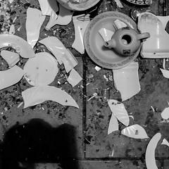 Tea time (Pardo.foto) Tags: garbage tea pot dishes break broken pieces blackwhite floor street cenital cenit shadow
